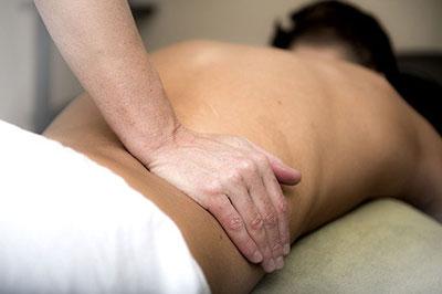 Il massaggio Meiso Shiatsu alla schiena